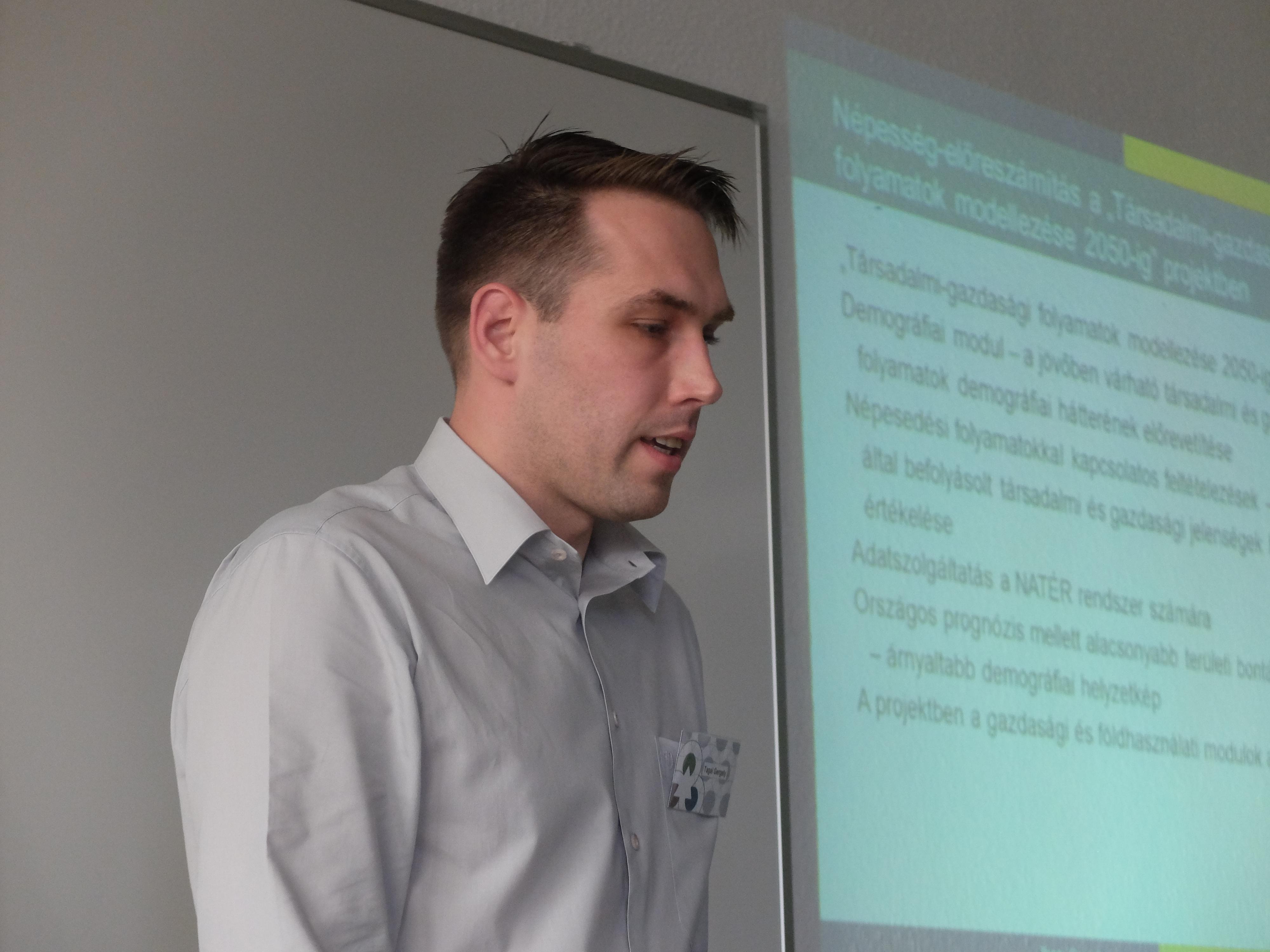 Tagai Gergely előadása a Magyar Regionális Tudományi Társaság XIII. Vándorgyűlésén, Egerben, 2015. november 20-án