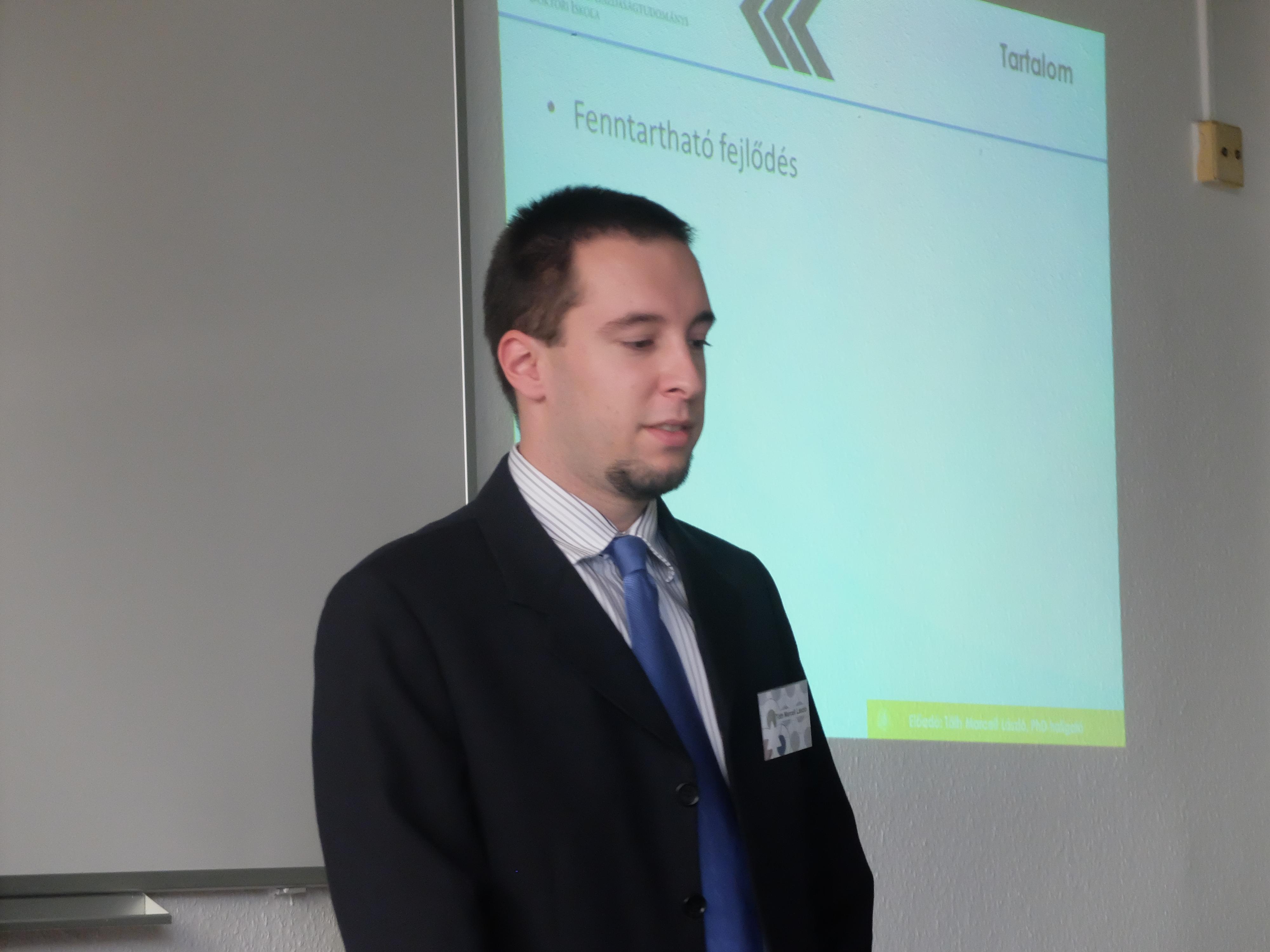 Tóth Marcell előadása a Magyar Regionális Tudományi Társaság XIII. Vándorgyűlésén, Egerben, 2015. november 20-án